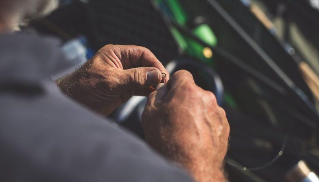 fix a fishing reel