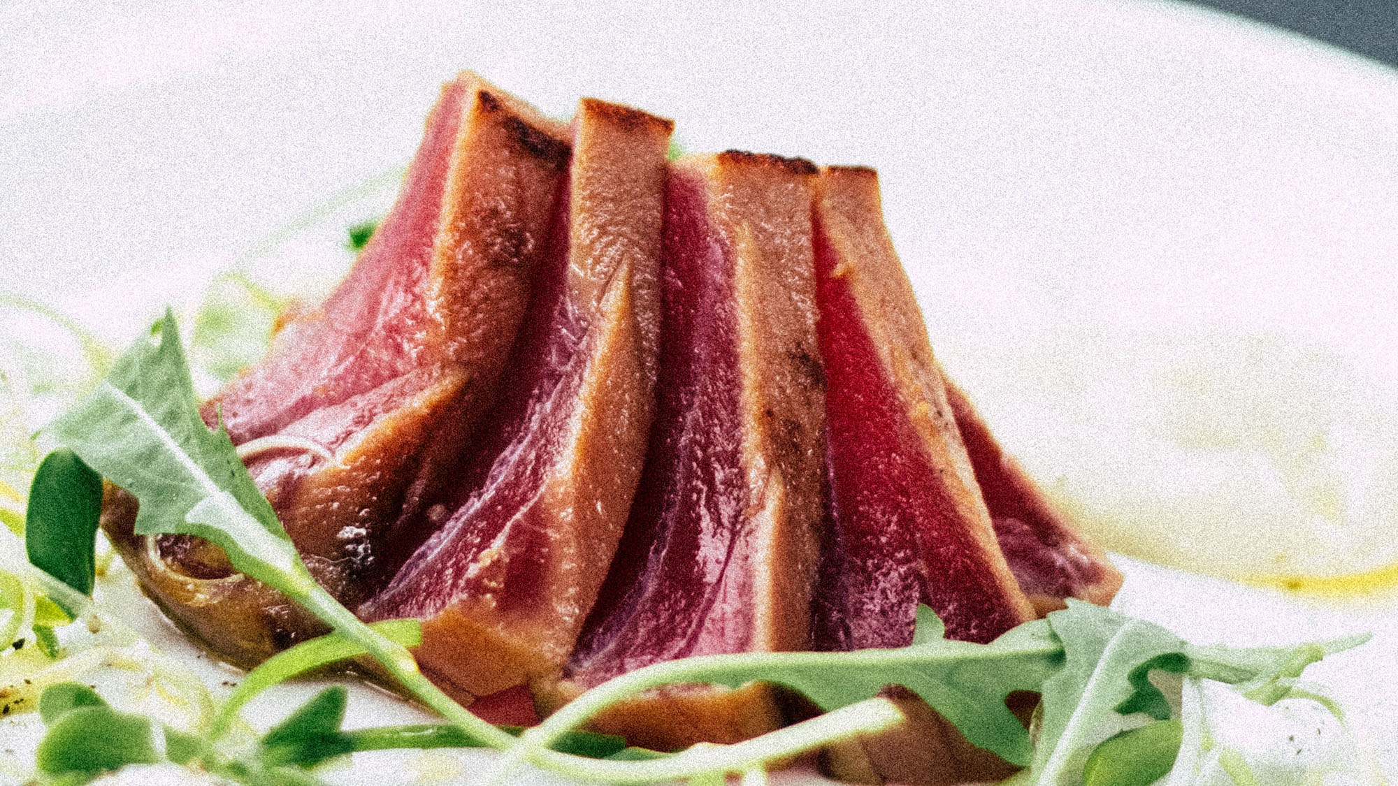 what does Blackfin Tuna taste like