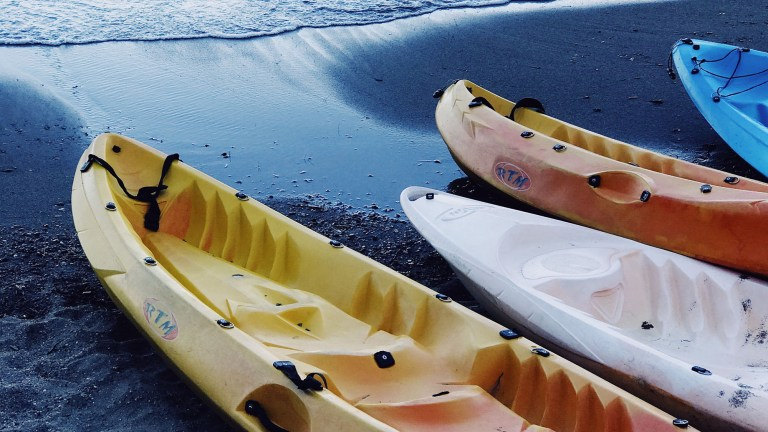 how to clean mildew from a kayak