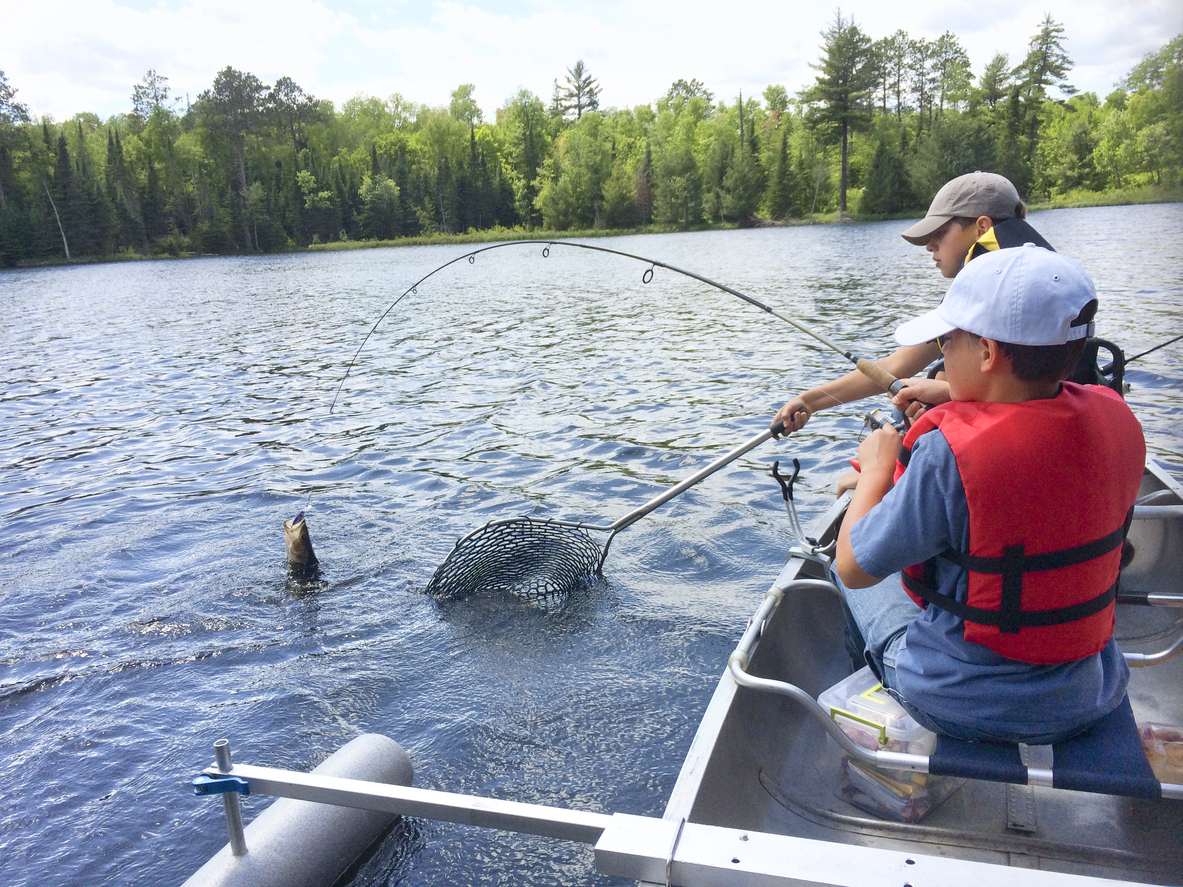 how to fish for walleye in a river